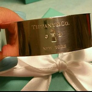Tiffany & Co. Diamond Keyhole Wide Bangle